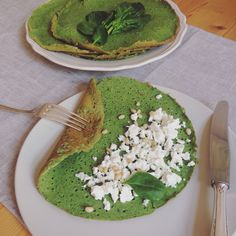 Spinach crepes with goat cheese and cedernuts