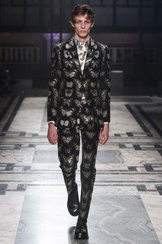 Alexander McQueen - Autumn/Winter 2016-17 Menswear London Fashion Week