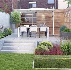 Moderne tuin met hoogteverschil