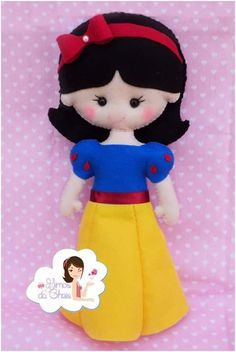 DIY Felt Snow White - FREE Pattern / Template
