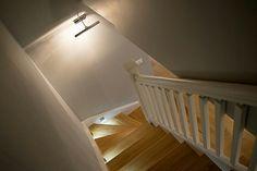 📓Ciekawostka Najdłuższe schody świata mierzą 9 km. Mają 6293 stopnie , które prowadzą na górę Taishan w Chinach. Krótsze, ale mające więcej stopni (11674) to schod na górę Niesen w Szwajcarii. Ich początek mieści się na dolnej stacji kolejki na wysokości 693 m n.p.m., a koniec na wysokości 2362 m n.p.m.  #schodymika #schody #schodydrewniane #stairs #wooden #woodworking  Nasze może nie są najdłuższe ale po nich też można się wspinać;) http://www.schody-mika.pl/