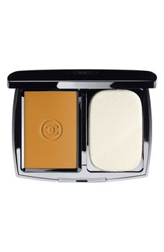 Women's CHANEL DOUBLE PERFECTION LUMIERE Long-Wear Flawless Sunscreen Powder Makeup Broad Spectrum SPF 15 - 114 Ambre