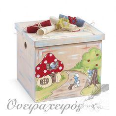 """""""ΣΤΡΟΥΜΦΑΚΙΑ"""" σετ βάπτισης με Ξύλινο μπαούλο κύβο ζωγραφισμένο στο χέρι Toy Chest, Storage Chest, Toys, Furniture, Home Decor, Activity Toys, Decoration Home, Room Decor, Clearance Toys"""