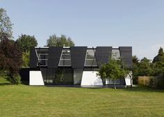 Captivating House with Multiple Skylights - http://www.usualhouse.com/captivating-house-with-multiple-skylights/