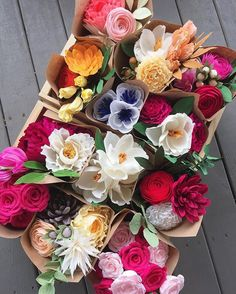 Beaucoup bouquets! Our last Valentine's shipments are going out tomorrow (email us if you want to try and squeeze in an order today - we may still have the blooms you want!), and you can definitely still purchase gift certificates too (physical or digital)!