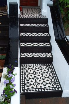 Victorian bathroom door mosaic tiles 58 ideas for 2019 Victorian Front Garden, Victorian Front Doors, Victorian Tiles, Victorian Bathroom, Victorian Porch, Front Path, Front Door Steps, Front Door Porch, Porch Steps