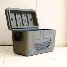 OLIVE DRAB COOL BOX〈52L〉