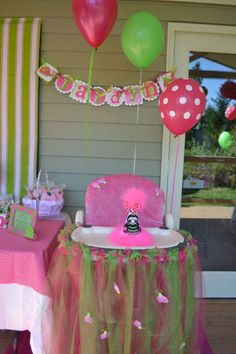 Hot pink and Lime Lady bug Birthday Party Ideas | Photo 9 of 22 | Catch My Party