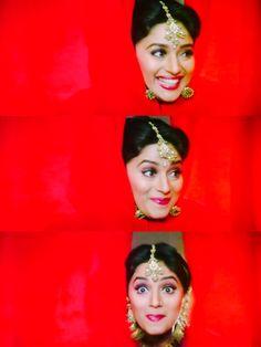 Madhuri Dixit in Hum Aapke Hain Kaun Hum Aapke Hain Koun, Raveena Tandon Hot, Madhuri Dixit Hot, Indian Star, Aishwarya Rai, Indian Celebrities, Timeless Beauty, Film Photography, Indian Beauty