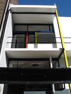 Chapter 23: Schroder House in Utrecht, Netherlands. Architect, Gerrit Thomas Rietveld.