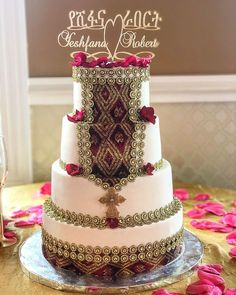 Ethiopian Wedding Dress, Ethiopian Dress, Traditional Wedding Cake, Traditional Cakes, Anniversary Dinner, Anniversary Parties, Wedding Looks, Dream Wedding, Africa Cake