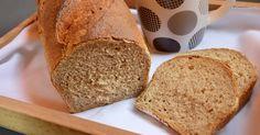 Mostanában nem sütöttem kenyeret, mert inkább valamilyen péksütit vagy kiflit választottam. A héten már beindult a pároméknál a két műszak é...
