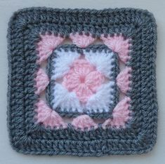 Transcendent Crochet a Solid Granny Square Ideas. Inconceivable Crochet a Solid Granny Square Ideas. Granny Square Crochet Pattern, Crochet Blocks, Crochet Borders, Afghan Crochet Patterns, Crochet Squares, Crochet Motif, Knitting Patterns, Crochet Afghans, Easy Crochet