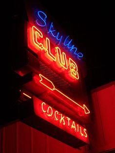 Neon Signs ... Skyline Club