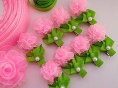 Diy Hair Bows, Diy Bow, Diy Ribbon, Ribbon Work, Ribbon Crafts, Flower Crafts, Nylon Flowers, Organza Flowers, Kanzashi Flowers