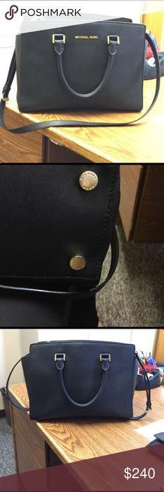Michael Kors Large Selma Authentic large Selma purse GUC Michael Kors Bags Shoulder Bags