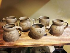 It was a good mug day. Back at it tomorrow. #pottery #clay #mug #mudqueenpottery #instagood #instapottery #allthehandlestyles #momugsplease