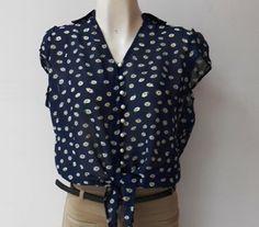 Una #blusa con #flores muy coqueta y #fashion