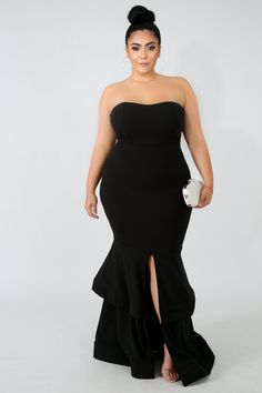 Style Description This mermaid ruffle maxi dress features, a stretchy fabric, front open slit, no closures. Model is wearing a Polyester Spandex Hand wash cold water Do not bleach Formal Wedding Guest Attire, Formal Wedding Guests, Formal Dresses For Weddings, Dress Wedding, Plus Size Gala Dress, Plus Size Gowns Formal, Plus Size Dresses, Gala Dresses, Event Dresses