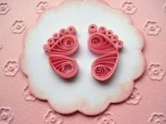 Quilling for Kids - Quilled Paper Art Neli Quilling, Quilling Images, Paper Quilling Cards, Paper Quilling Flowers, Paper Quilling Patterns, Paper Quilling Jewelry, Origami And Quilling, Quilled Paper Art, Quilling Earrings