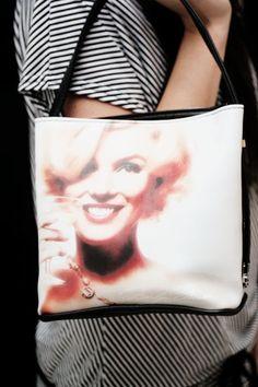 Marilynlaukku ihana tahtoo