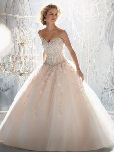Duchesse Herzform Hof Organza Brautkleid mit Applikationen Perlen