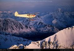 A Piper Super Cub bush plane flying over the Talkeetna Mountains in Southcentral Alaska. Small Airplanes, Old Planes, Talkeetna Alaska, Eddie Rickenbacker, Piper Aircraft, Places To Travel, Places To Visit, Bush Pilot, Cool Backdrops