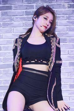 Jiyeon @ Yin Yue Tai VChart Awards 150411... - T-ARA Park Jiyeon Fan Blog 티아라 박지연 팬 블로그