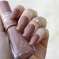 Crema esmalte da coleção nude da Dailus  #esmalteneutro #esmaltenude
