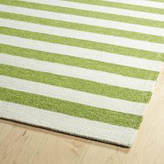 Handmade Indoor/ Outdoor Getaway Apple Green Stripes Rug (5' x 7'6)