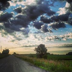 Sunrise along an Iowa back road near Des Moines. Share your #midwestmoment with us on Instagram!