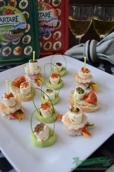 Aperitive festive Apérivrais- reteta aperitive festive.Aperitive festive pentru masa de Craciun.Aperitiv cu branza.Aperitiv cu legume