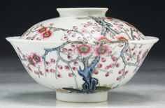 A Chinese Antique Famille Rose Porcelain Bowl With Cover: signed with 'YONGZHENG' mark within a double circle in coba. Chinese Bowls, Chinese Art, Japanese Porcelain, China Porcelain, Ceramic Pottery, Pottery Art, Cherry Blossom Painting, Ceramic Boxes, Ceramic Materials