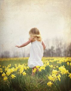 dancing in the daffodils...I LOVED doing this when I was little! Sigh...sweet memories.
