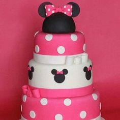Minnie Mouse Birthday Cake: Order a one-of-a-kind Minnie masterpiece for your lil& birthday to serve as the centerpiece for your dessert table. This Minnie Mouse birthday cake looks too cute to eat!Source: The Cookie Shop Bolo Da Minnie Mouse, Minnie Mouse Birthday Cakes, Minnie Mouse Theme, Minnie Mouse Cake, Pink Minnie, Mickey Mouse, Disney Birthday, First Birthday Parties, First Birthdays