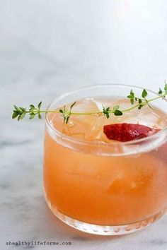 Peach Bourbon Thyme Smash - Pretty Cocktails To Make This Mother's Day - Photos