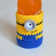 Minion Bottle Cosy - Free Amigurumi Crochet Pattern - PDF Version