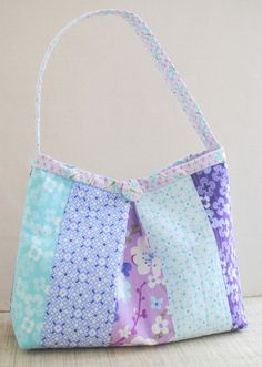 Clover & Violet — The Jane Bag {Going to Print} Fat eighth version PDF Suitable for a beginner