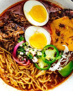 Top Ramen Recipes, Ramen Noodle Recipes, Mexican Food Recipes, Dinner Recipes, Ethnic Recipes, Beef Ramen Recipe, Ramen Food, Unique Recipes, Fresh Ramen Noodles