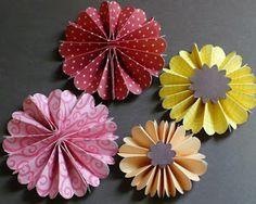 Let's create: Accordian flower
