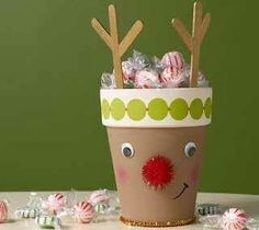 10 Kids Christmas Crafts - Stubbornly Crafty Can this be done with a large paper cup and not a clay pot? Christmas Activities, Christmas Crafts For Kids, Christmas Projects, All Things Christmas, Holiday Crafts, Holiday Fun, Christmas Decorations, Christmas Ideas, Noel Christmas