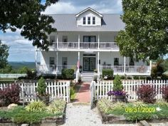 Three Oaks Bed and Breakfast, Harrison, Arkansas.  This Inn is for sale.  We loved our stay here.