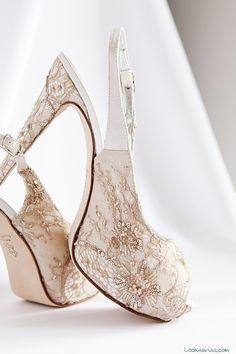 zapatos de novia en color