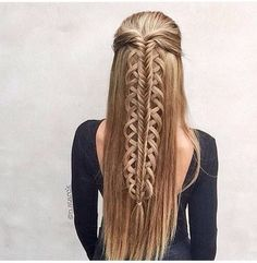 Since I love working with stacked braids I couldnt resist creating a style with a stacked Loop Braid! click now for more info. Latest Hairstyles, Pretty Hairstyles, Girl Hairstyles, Braided Hairstyles, Medium Hairstyles, Long Haircuts, Unique Braids, Beautiful Braids, Gorgeous Hair