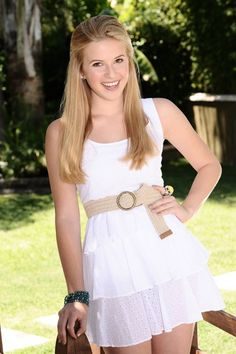 See Caroline Sunshine from Shake it Up perform in NYC for FREE!!! Asphalt Green, 4:30pm 555 East 90th Street, New York, NY! Be there!