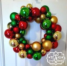{We've moved! Visit us at our new and improved blog at:  Texas Craft House } This was BY FAR the easiest way to make an ornament wreath....