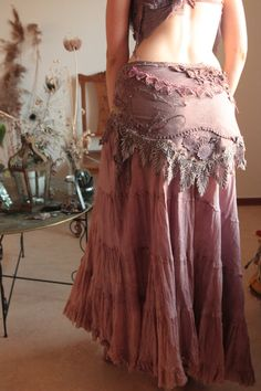 Purpletugboat (timjan: Autumns' Dusty rose Treasury on Etsy.) on imgfave Bohemian Mode, Bohemian Gypsy, Gypsy Style, Bohemian Style, Boho Chic, Gypsy Rose Clothing, Vogue Korea, Böhmisches Outfit, Spirit Clothing