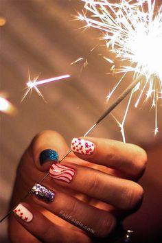 Forth Of July Nail Art Manicure #4thofJuly #ForthOfJuly #NailArt 4th