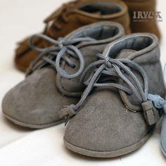 Irulea Moda infantil y lencería femenina. #irulea #donostia #sansebastian #Otoño #Invierno #princesscharlotte #bayfashion #modainfantil #Modaniña #lenceria #Modaniño #ropaniños #ropainvierno #Modaniños #Zapatos