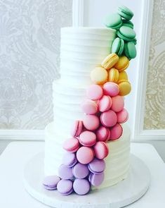Wedding cake recipes 643522234242701569 - White wedding cake + cascading rainbow macaroons – unique wedding cakes {Vanilla Bake Shop} country chocolat mariage cake # Source by White Wedding Cakes, Wedding Cupcakes, Wedding Cake Toppers, Wedding White, Cake Wedding, Vanilla Wedding Cakes, Pastel Wedding Cakes, Pastel Cakes, Wedding Happy